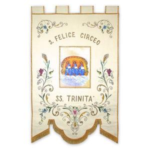 Stendardo Processionale SS. Trinità ricamato da Venturini Arredi Sacri